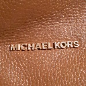 Michael Kors leather purse in toasted brown
